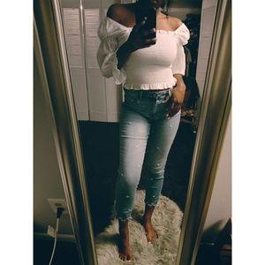 A&F Simone High Rise Ankle Jean